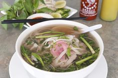 Inilah 7 Makanan untuk Sarapan Khas Vietnam