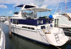 44' Tollycraft Cockpit Motor Yacht for sale. Get the full specs, images and price of this 44' Tollycraft Cockpit Motor Yacht for sale located Miami, FL.