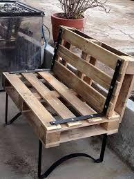 Resultado de imagen para cadeira de madeira pallet para barbeiro