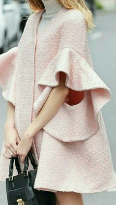 44 Ideas Womens Fashion Winter Casual Cute Dresses For 2019 Fashion Details, Look Fashion, Spring Fashion, Winter Fashion, Womens Fashion, Fashion Design, Fashion Coat, Jackets Fashion, Modest Fashion
