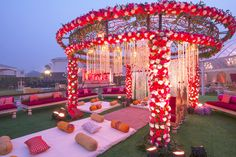 Are you looking for the perfect inspiration for your mandap decor? Let us enlighten you with some amazing mandap decor designs for 2020 weddings Desi Wedding Decor, Wedding Stage Design, Wedding Hall Decorations, Luxury Wedding Decor, Marriage Decoration, Wedding Mandap, Wedding Colors, Indian Wedding Receptions, Wedding Poses