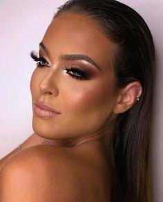 """1,013 curtidas, 28 comentários - AYron Barbbo (@ayronbarbbo) no Instagram: """"Boa tarde meu povo amadooo!!! Como está sendo seu final de semana? O distanciamento social continua…"""" Professional Makeup, 1, Instagram, Folk, Finals, Good Afternoon"""
