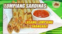 Lumpiang Shanghai Ingredients: 2 small cans sardines in tomato sauce 1 onion, minced 2 cloves garlic, minced 1 Tbsp. kimchay or coriander, chopped tsp. Sushi Recipes, Cooking Recipes, Lumpia, Happy Pills, Tomato Sauce, Coriander, Fresh Rolls, Shanghai