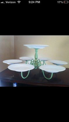 DIY: Reuse An Old Chandelier To Make Cake Or Party Food Server #Musely #Tip