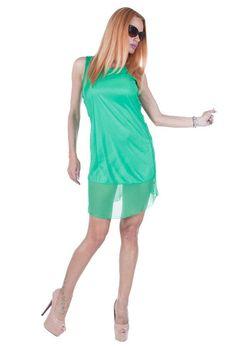 Rochie Dama Solemn Green  Rochie dama din material fin ce cade lejer pe corp. Model inspirat ce poate fi purtat cu usurinta de mai multe tipuri de silueta. Aceasta rochie este ideala pentru sezonul cald.     Latime talie: 36cm  Lungime: 97cm  Comozitie: 100%Poliester Mai, Summer Dresses, Green, Model, Fashion, Moda, Summer Sundresses, Fashion Styles