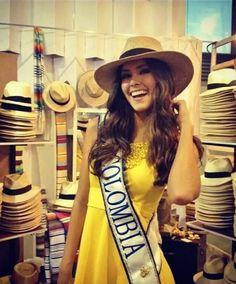 ¿Quién es Miss Universo Colombia? Paulina Vega, estudia Administración de Empresas en la Universidad Javierana de Bogotá y se ha dedicado al modelaje desde los 8 años.