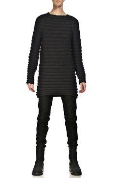 SS 2012 LOOK - CLOTHING    GARETH PUGH GREY HORIZONTAL RIBBED SWEATER