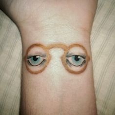 the eyes of Dr. T.J. Eckleburg (+49 other literary tattoos under the link)