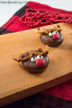 Absolutely Adorable and Delicious Chocolate-Covered Reindeer Holiday Cookies perfect cookies for kids or any Christmas party, Easy to Make Dessert