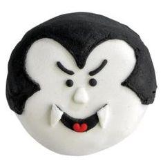 Halloween+Dracula+Cookies+Cookie+Gifts+from+Yummy+Sugar+Shop+by+DaWanda.com