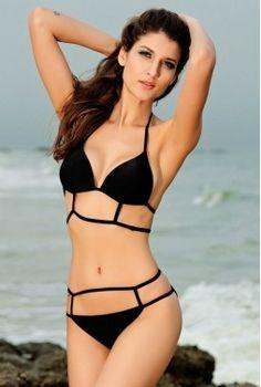 bikini de estilo elegante de color negro