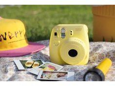 Câmera Instantânea Fujifilm Instax Mini 8 Amarelo - Flash Automático com as melhores condições você encontra no Magazine Jesymarkin. Confira!