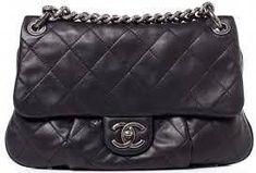 369f59b2831 burberry handbags bloomingdales #Pradahandbags #guccihandbagsbloomingdales