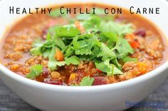 This healthy chilli con carne has fewer kilojoules and plenty of veggies hiding in the sauce. The one thing it doesn't skimp on is flavour! Healthy Chilli Con Carne, Chilli Con Carne Recipe, Lunch Recipes, Easy Dinner Recipes, Healthy Recipes, Easy Recipes, Diet Recipes, Freeze Ahead Meals