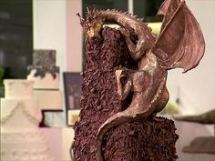 360 Degrees of Deliciousness : A Santa Monica baker tops a cake with a chocolate dragon. Dragon Cakes, Death By Chocolate, Tiered Cakes, Food Network Recipes, Amazing Cakes, Food Art, Santa Monica, Birthday Cakes, Dragons