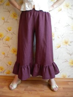 plus size ruffle linen pant knickers, wide leg linen pant bloomers, loose baggy boho linen trousers, lagenlook pant made to order Linen Pants Women, Wide Leg Linen Pants, Linen Trousers, Pants For Women, Clothes For Women, Salwar Pants, Plazzo Pants, Ruffle Pants, Ruffle Bloomers