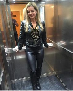 Amateur blonde milf in black leather jacket leggings OTK boots Leather Tights, Tight Leather Pants, Leather Pants Outfit, Leather Jacket, Lederhosen Outfit, Leder Outfits, Hot Outfits, Leggings Are Not Pants, Leather Fashion