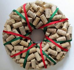how to make wine cork wreath DIY christmas decoration ideas natural materials