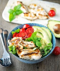 Shawarma Chicken Bowls with Basil-Lemon Vinaigrette. Used my own shawarma recipe. Lunch Recipes, Healthy Dinner Recipes, Paleo Recipes, Low Carb Recipes, Real Food Recipes, Chicken Recipes, Cooking Recipes, Easy Recipes, Low Carb Backen