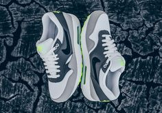 """Nike Releases An Air Max 1 Inspired By The Legendary """"Neon"""" 95s - SneakerNews.com"""