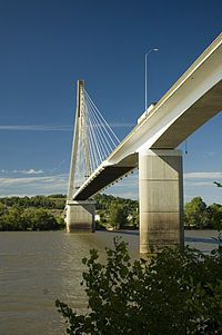 Google Image Result for http://upload.wikimedia.org/wikipedia/commons/thumb/a/ab/East_Huntington_Bridge.jpg/200px-East_Huntington_Bridge.jpg