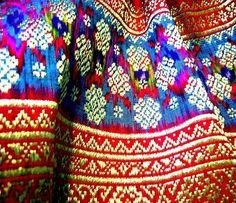 Résultats de recherche d'images pour «color palette indonésie»