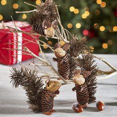 Easy and Cute DIY Pine Cone Christmas Crafts holiday homemade pinecone xmas ornaments homemade pinecone xmas ornaments 8 Pine Cone Art, Pine Cone Crafts, Christmas Projects, Fall Crafts, Holiday Crafts, Crafts For Kids, Kids Diy, Holiday Decor, Christmas Pine Cones