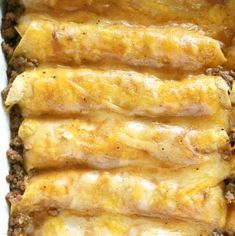 The only recipe you'll ever need for authentic Tex-Mex beef enchiladas. Featuring ground beef enchiladas, a homemade beef gravy, and a freshly grated cheese blend. Mexican Dishes, Mexican Food Recipes, Dinner Recipes, Mexican Desserts, Mexican Meals, Mexican Cooking, Drink Recipes, Burritos, Homemade Beef Gravy