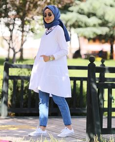Hijab Fashion summer How to have a modern Hijab chic and comfortable style . - Hijab Fashion summer How to have a modern Hijab chic and comfortable style - hijab tips Hijab Casual, Hijab Chic, Hijab Elegante, Hijab Style, Hijab Outfit, Hijab Fashion Summer, Muslim Fashion, Modest Fashion, Mode Outfits