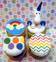 Unicorn and Rainbows! cupcakes by dusty