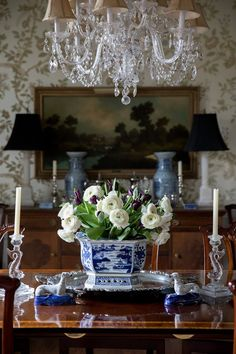 New Living Room Traditional Southern Chandeliers Ideas Living Room Carpet, New Living Room, Living Room Decor, Porches, Blue Chandelier, Traditional Dining Rooms, Pretty Room, Southern Homes, Living Room Colors