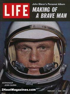 Life Magazine February 2, 1962 : Cover - Astronaut John Glenn.