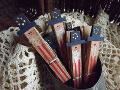 Fourth Of July Decor, 4th Of July Decorations, July 4th, Americana Home Decor, Americana Crafts, Primitive Crafts, Wood Crafts, Fouth Of July Crafts, Paint Stick Crafts