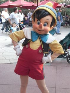 Pinocchio costume - yellow shirt, red shorts - easy to do