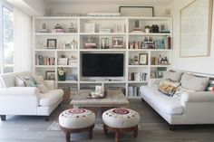 I like the simple trim Bookshelves With Tv, Bookcase Wall, Bookcase In Living Room, Bookcases, Tv Shelving, Muebles Living, Home And Living, Living Pequeños, Living Room Designs