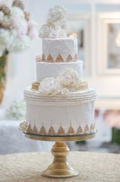 Classic white & gold wedding cake By Connie Cupcake