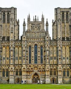 Wells Cathedral in Somerset, England. It was built between 1175 and replacing an earlier church built on the same site in It is moderately sized among the medieval cathedrals of England,. Architecture Classique, Gothic Architecture, Beautiful Architecture, Beautiful Buildings, Beautiful Places, English Architecture, Historical Architecture, The Places Youll Go, Places To See