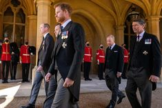 Prince William And Harry, Prince Harry And Meghan, Prince Henry, Princess Anne, Princess Of Wales, Prins Philip, Diana Statue, Military Awards, Queen Elizabeth Ii