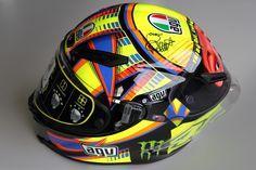 Casque AGV Corsa Double Face signé par Valentino Rossi