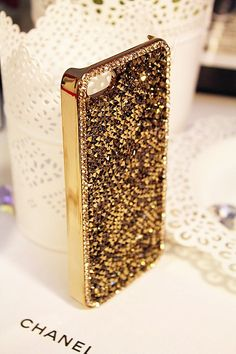 Gold bling iphone cases rhinestone iphone 5 by customcoverca Iphone 7, Coque Iphone, Iphone Cases, 5s Cases, Cool Cases, Cute Phone Cases, Diy Disney, Ipad, Sparkle