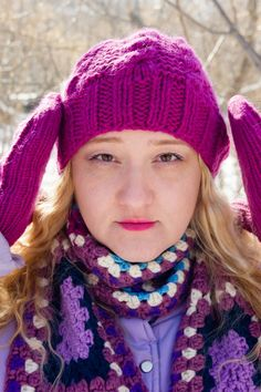 Knitting hat and mittens granny square crocheted scarf by Olga Anokhina