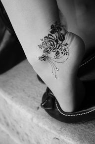 Have a look to variety of foot tattoo designs among the list below and select the best suited one for yourself . So, here we present collection of 30 Amazing Foot Tattoo Designs for Boys and Girls. Lace Tattoo Design, Ankle Tattoo Designs, Bild Tattoos, Neue Tattoos, Armband Tattoos, Sleeve Tattoos, Piercing Tattoo, Dermal Piercing, Dermal Implants
