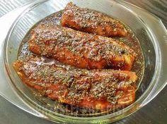 Przepis na smaczną, wyrazistą i bardzo aromatyczną marynatę, która świetnie pasuje do różnego rodzaju mięs m.in. polędwicy czy schabu, ale dobrze sprawdzi się także do ryb np. łososia.