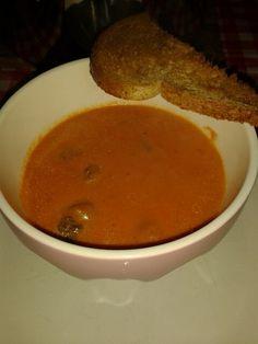 Zelfgemaakte tomaten soep!