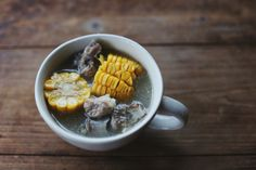玉米排骨汤 是妈妈的味道