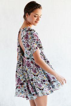 Kimchi Blue Floral Fields Flutter-Sleeve Frock Dress