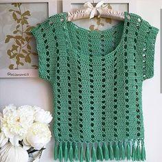 New baby crochet cardigan design ideas Débardeurs Au Crochet, Pull Crochet, Gilet Crochet, Mode Crochet, Crochet Pumpkin, Crochet Jacket, Crochet Woman, Crochet Cardigan, Crochet Stitches