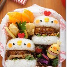 可愛いお弁当もアイディア次第(୨୧ ❛ᴗ❛)✧  にわとりさんの ライスバーガー風お弁当♡  将来作りたいキャラ弁リストに追加٩(ˊᗜˋ*)و
