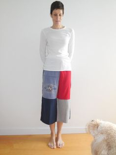 T Shirt Cropped Pants for Her / Capris / S  M / Red by ohzie,