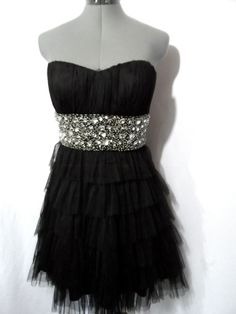 DEB Formal BallGown Dress womens 9/10 L Black Beaded Ruffled tiered Tulle empire